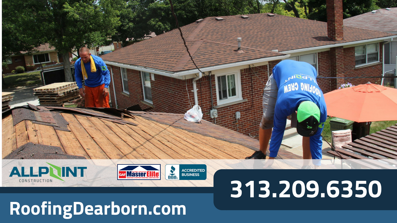 Roofing Contractor in Dearborn Michigan: 10 Signs That Your Roof May Need to be Replaced